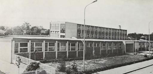 """Primary School """"Ljubica Radosavljević Nada"""" built in 1972"""